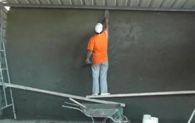 (Video) Importante avance en la construcción del bloque de aulas en la Unidad Educativa San Juan Bautista.