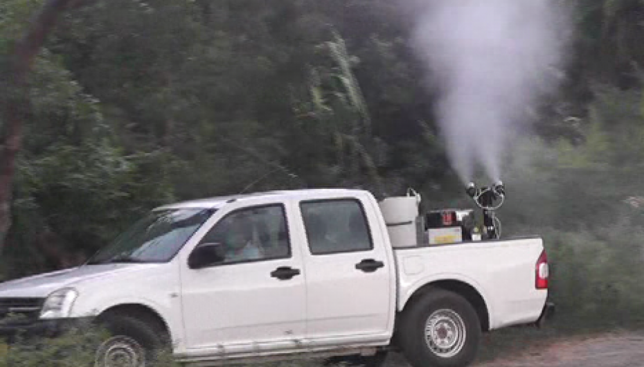 (Video) Control Vectorial realiza fumigación espacial en sectores de Catamayo.