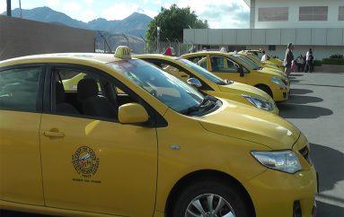 Se incrementará costo de gasolina súper; algunos taxistas sí utilizan este combustible