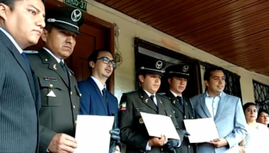 (Video) Varios reconocimientos se entregaron durante evento cívico.