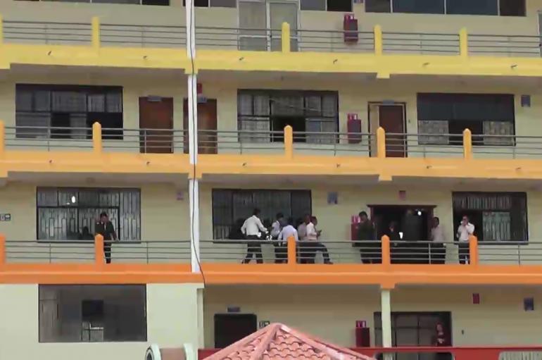 (Video) Con normalidad se cumple las actividades académicas en Unidad Educativa.
