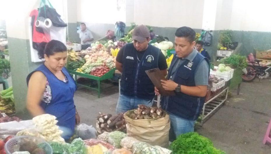 (Video) Continúan los operativos de control y regulación de precios en el mercado central.