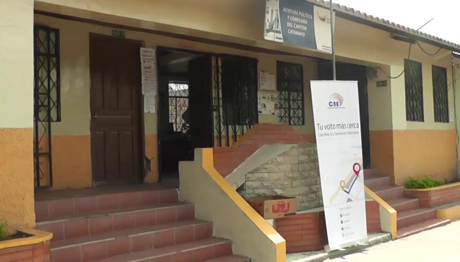 (Video) Cambio de domicilio se esta realizando en Catamayo por parte del CNE