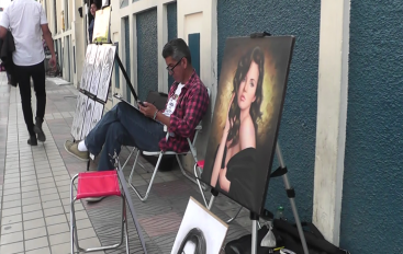 (Video) Comercio también se concentra en Festival de Artes Vivas Loja 2018.