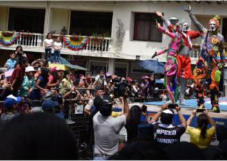 Mimo karcocha por segundo año consecutivo ofreció show en Loja.