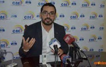 Pablo Ruíz renunció a la dirección del CNE.