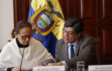 Ecuador firma protocolo para velar por niños venezolanos.