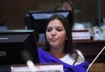 """Vicepresidenta Vicuña será investigada por supuesto cobro de """"contribuciones""""."""
