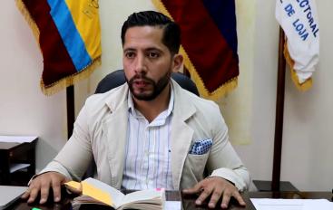 (Video) Director provincial del CNE – Loja detalla sanciones por campaña anticipada.