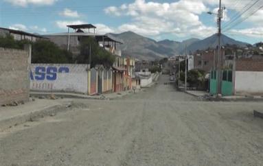 (Video) Presidenta del sector Los Almendros se refiere sobre los trabajos de mejoramiento de las vías.