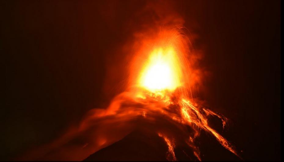 Casi 3.000 evacuados en Guatemala por nueva erupción.