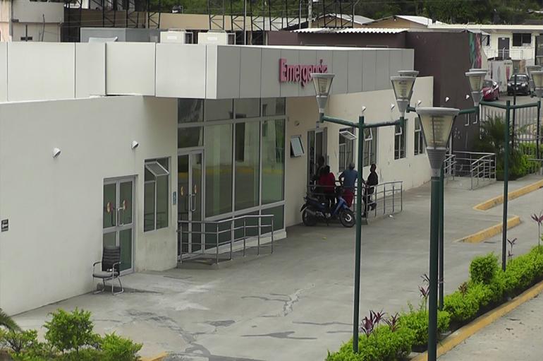 Ciudadano denuncia que pacientes del centro de salud son referidos a Loja en vehículos particulares