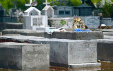 COE Nacional pide a municipios cerrar los cementerios por el feriado de los difuntos