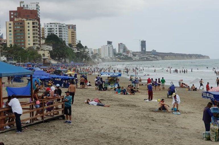 Inocar alerta de oleaje moderado y agitado en las costas de Ecuador