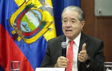 Ministro de Salud, Juan Carlos Zevallos, citado a declarar en Fiscalía por vacunación en geriátrico privado