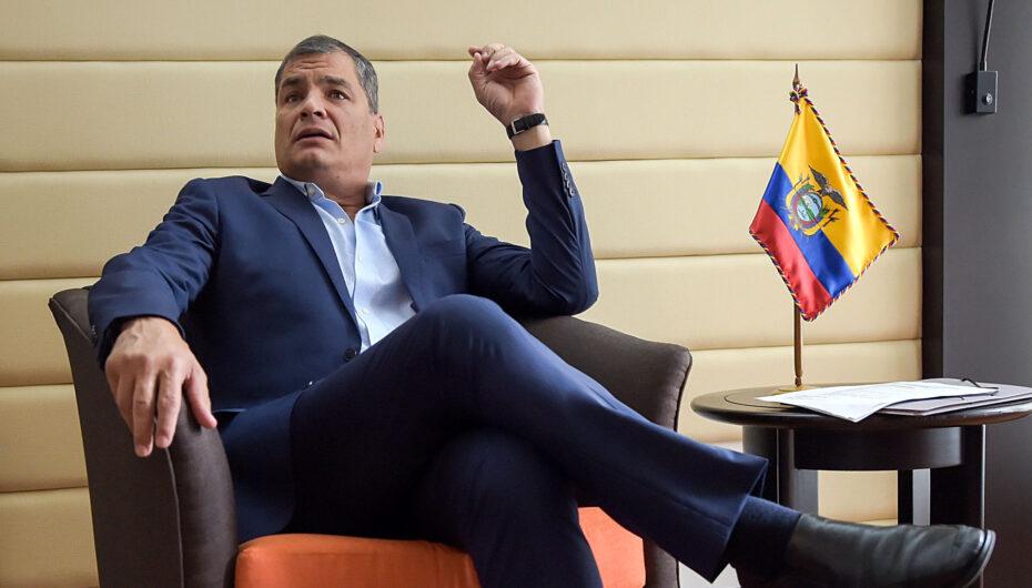 CNE de Pichincha dispone suspensión inmediata de publicidad donde aparece Rafael Correa