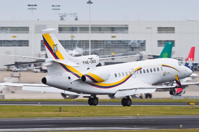 Avión Presidencial de Ecuador aterriza de emergencia por falla mecánica