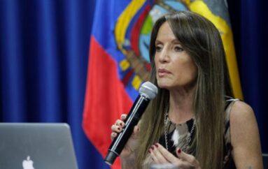 """Caridad Vela anuncia su renuncia a la Secretaría de Comunicación por """"problemas de salud"""""""