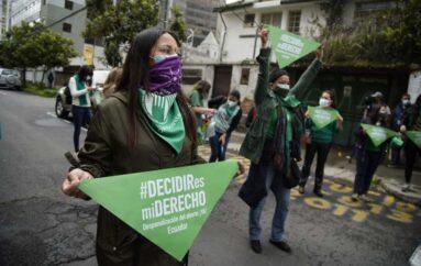 Corte Constitucional da paso a la despenalización del aborto por violación en Ecuador