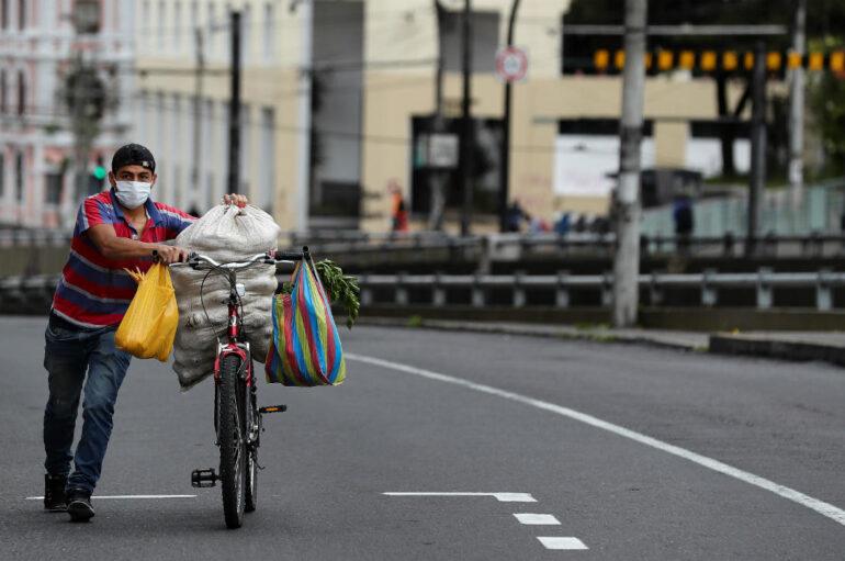 Más de $8 millones se pierden con cada hora de confinamiento de fin de semana en Ecuador