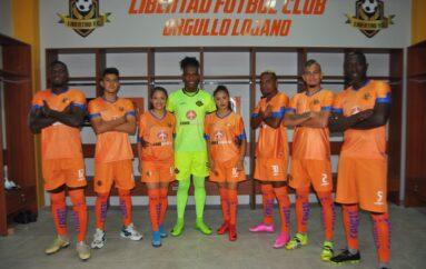 El equipo Libertad Fútbol Club presentó la camiseta oficial 2021.