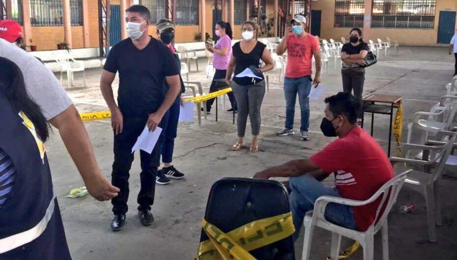 Personal del aeropuerto ciudad de Catamayo fue vacunado contra covid-19