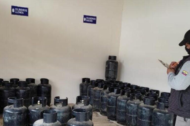 Técnicos realizan inspección de control a depósitos de GLP en Catamayo