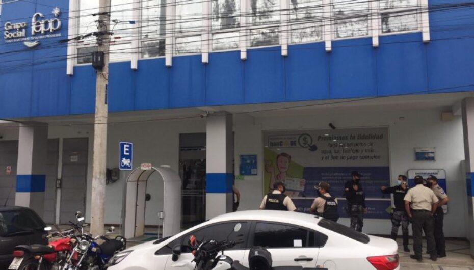 Asaltan entidad bancaria en Portoviejo