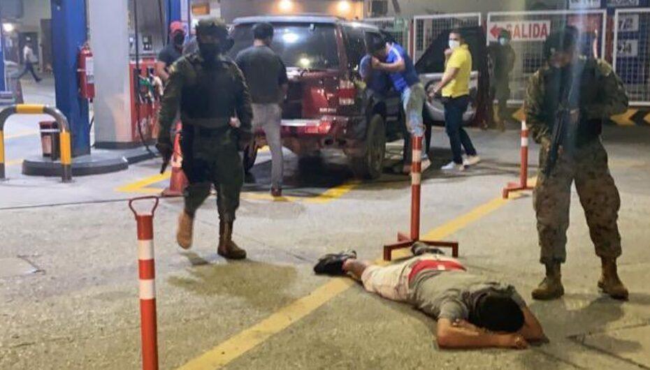 Detienen a un ciudadano con 1 fusil, 6 alimentadoras y 140 municiones